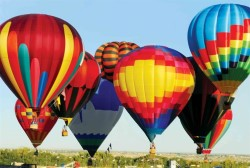Balloons in air at Balloon Fiesta
