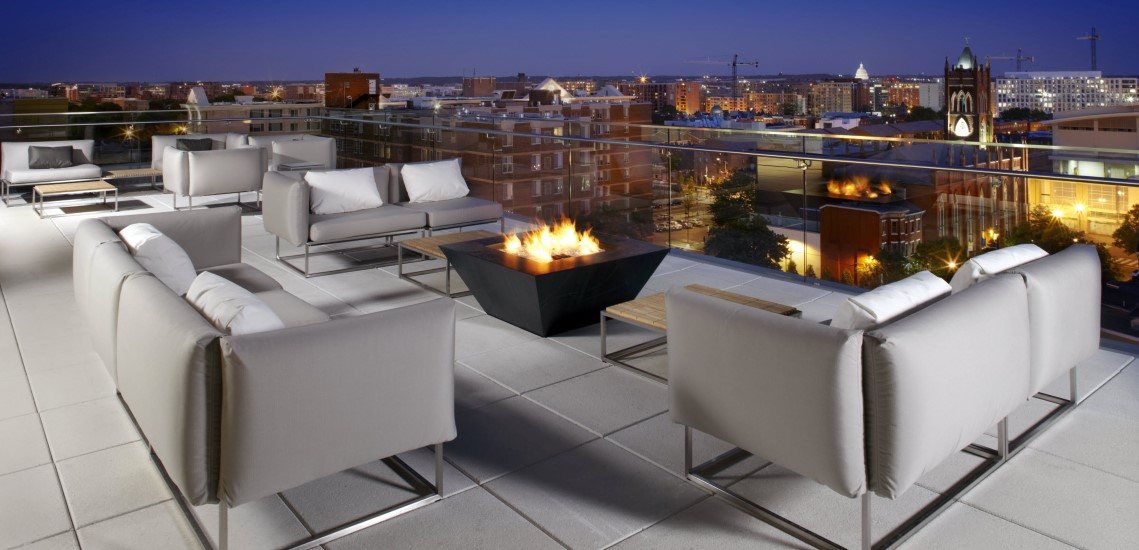 Cambria Hotel Washington DC Convention Center rooftop lounge