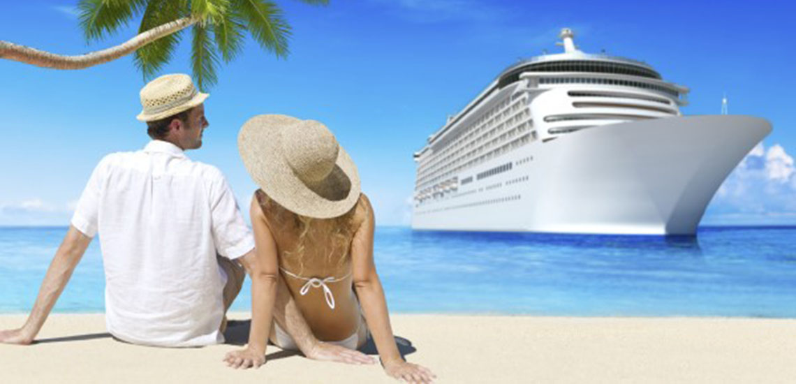 Cruise couple on beach