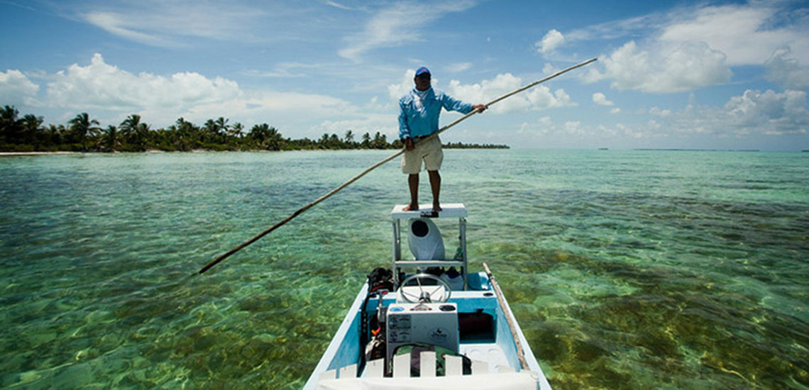 El Pescador fly fishing boat