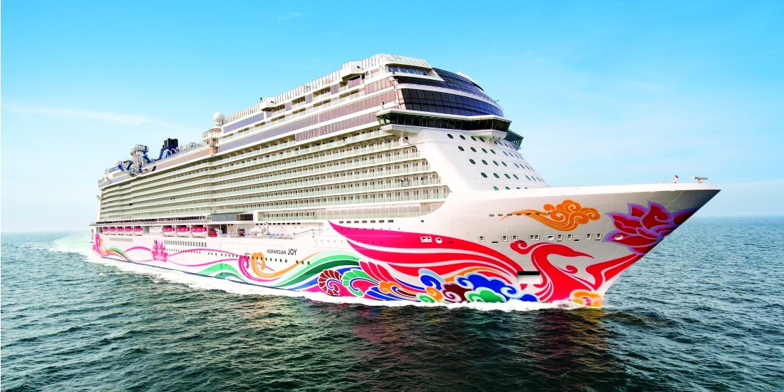 The updated Norwegian Joy at sea