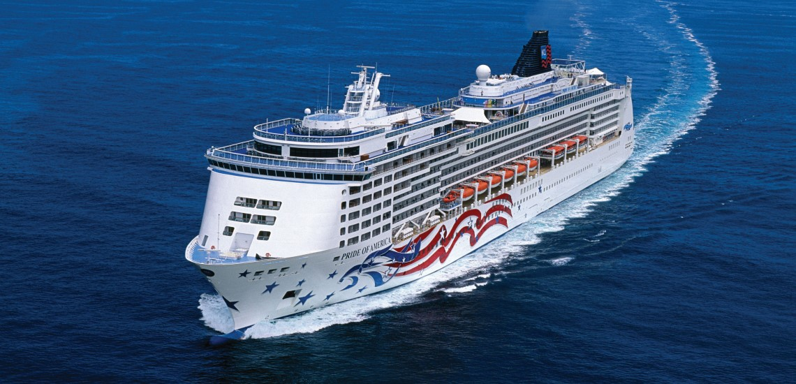 Pride of America at sea